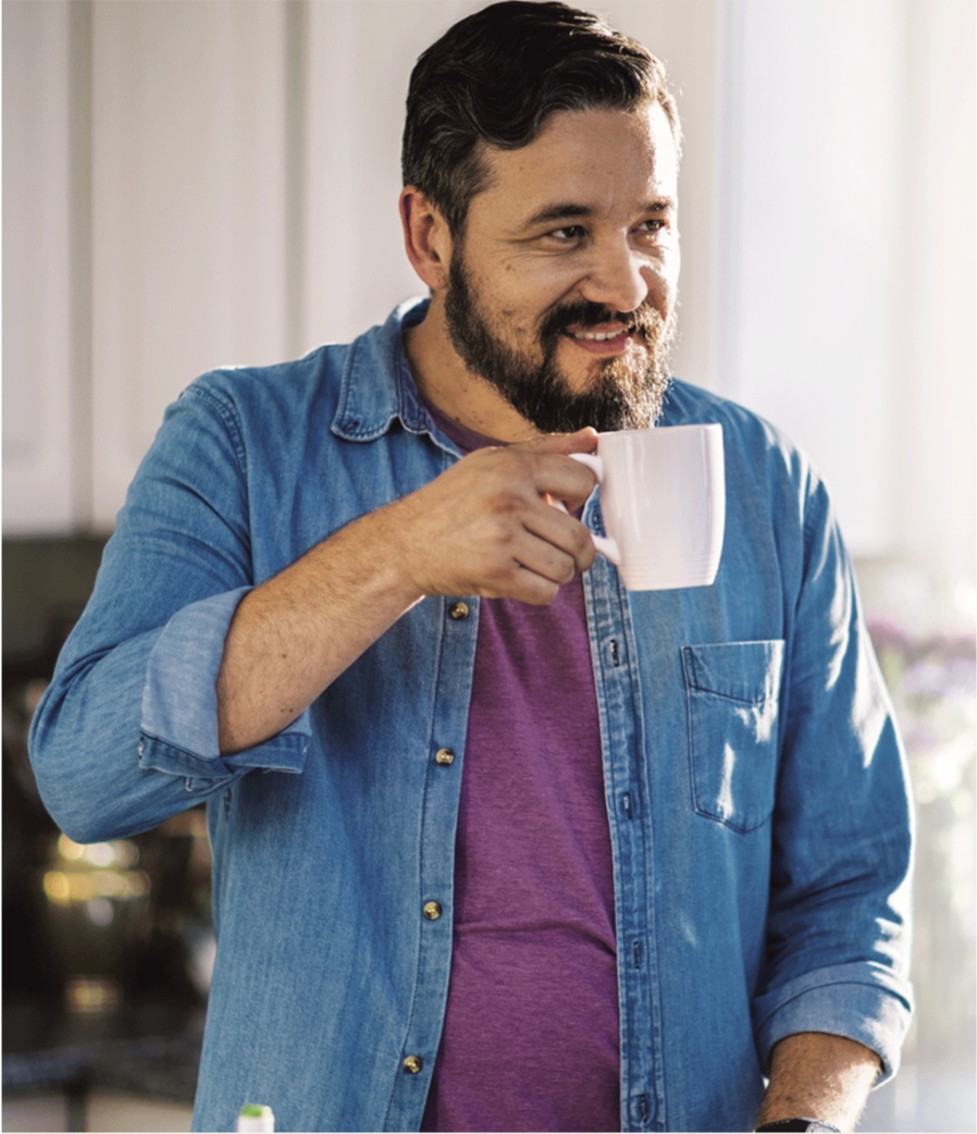 male trulicity patient drinking a coffee